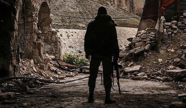 Tentara Suriah Menguasai Jalur Pasokan Teroris di Deir Ezzur
