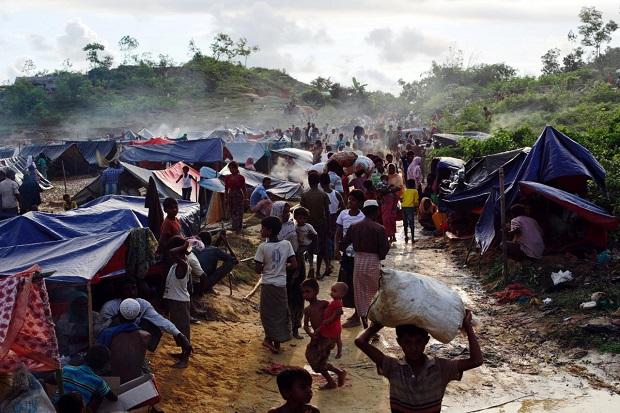 militer-myanmar-terindikasi-gunakan-taktik-bumi-hangus-terhadap-rohingya-CNH.jpg